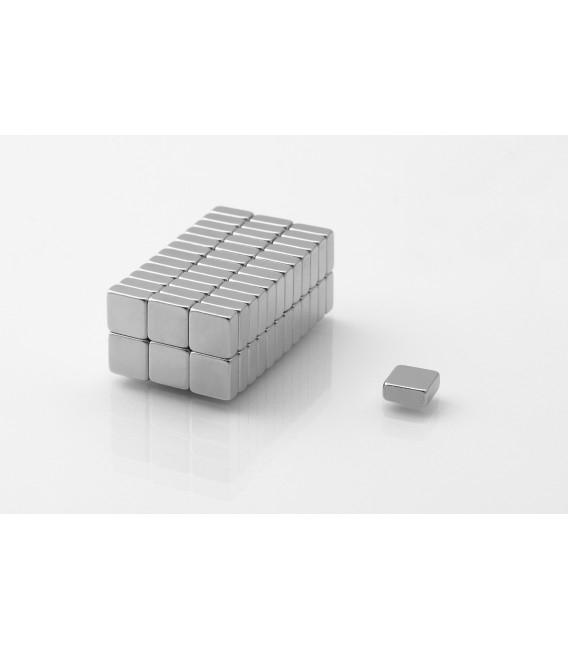 Neodymium block magnet 7x7x3 thick N38