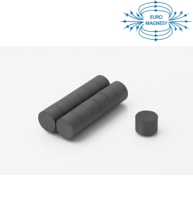 Ferrite disc magnet 15x10 thick Y30