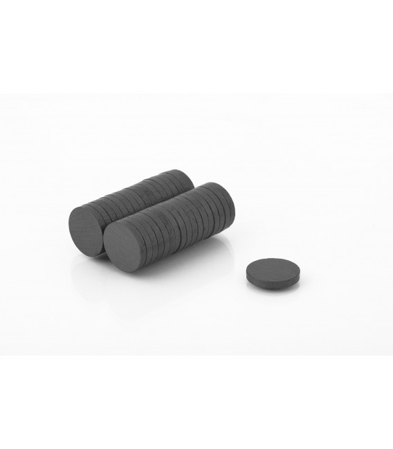 Ferrite disc magnet 20x3 thick Y30