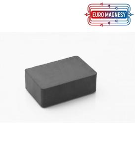 Ferrite block magnet   75x50x25 thick Y30