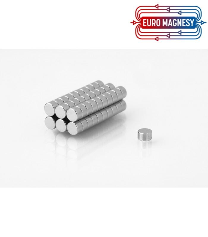 Neodymium disc magnet  5x3 thick N38