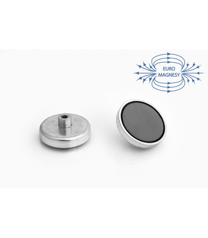 Ferrite pot magnets with screw socket